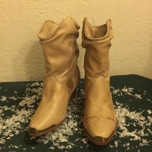 Shoes - Women's Tan 1/2calf Boots W/Gold Toe caps NEW Sz 5